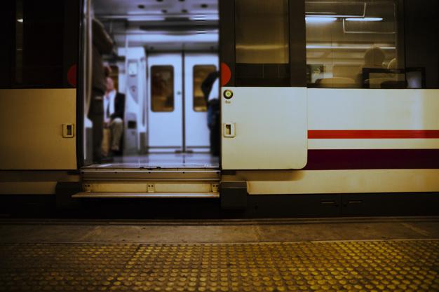 Saiba o que fazer em caso de acidente de trabalho no metrô